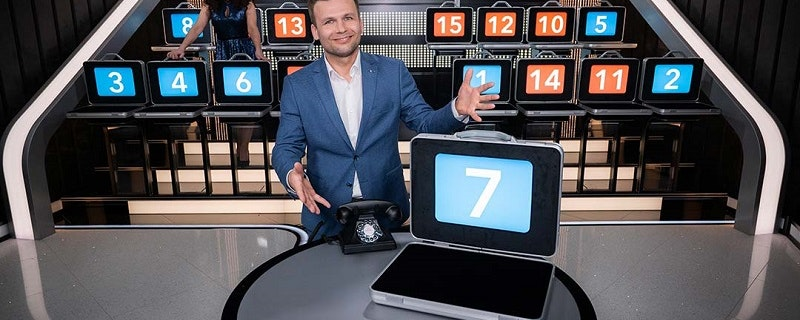 World First for Deal or No Deal Live