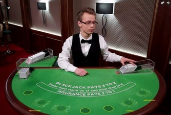 Turn Up the Heat with Summer Blackjack Tournaments